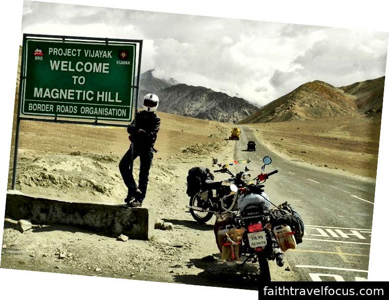 Đồi từ tính Lad Ladakh