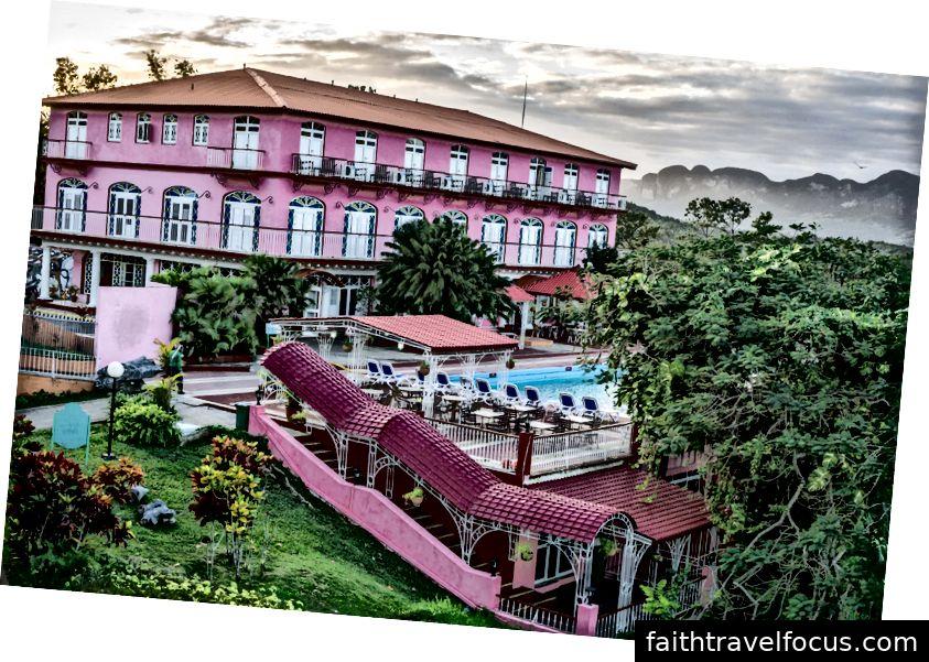 Khách sạn Jazmines