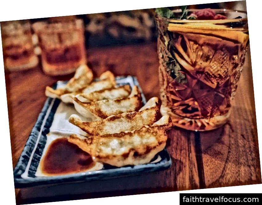 Bánh bao cho bữa tối năm mới của Trung Quốc