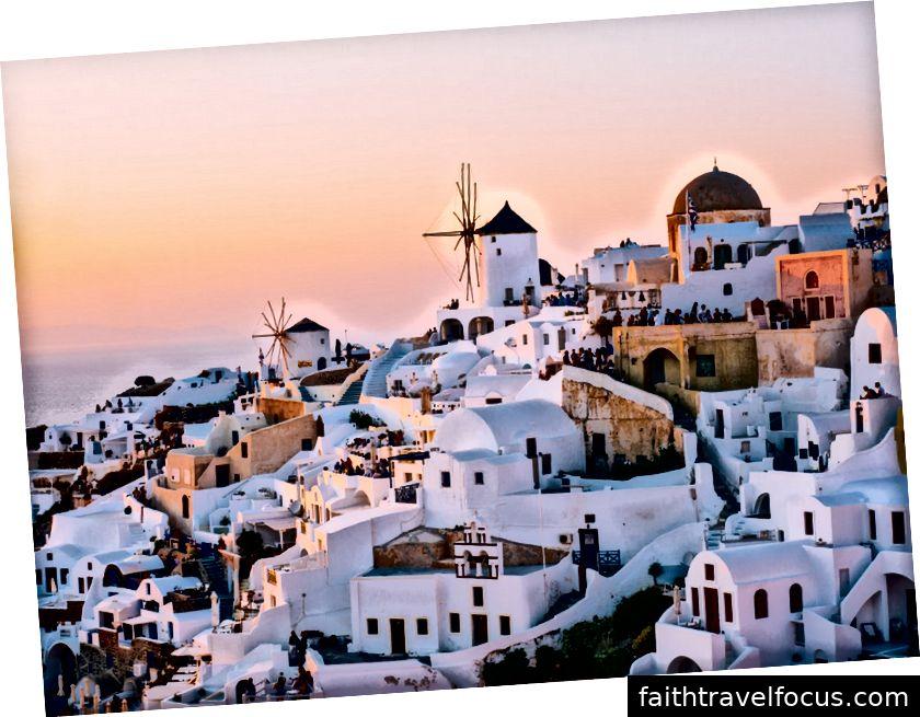 [Santorini, Hy Lạp trong hoàng hôn - - Via Bapt]