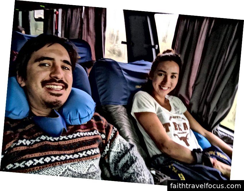 Đi xe buýt qua đêm ở Peru