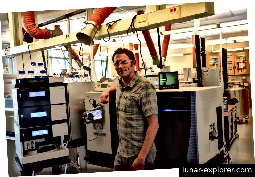 Ich verwende das ultrahochauflösende Tribrid-Massenspektrometer, um Säugerproteine zu katalogisieren und zu messen Bildnachweis: C. Davis / NIST
